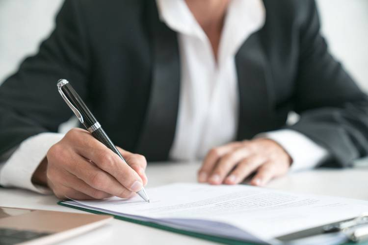 HOW TO DRAFT A MANUFACTURING DISTRIBUTION AGREEMENT?